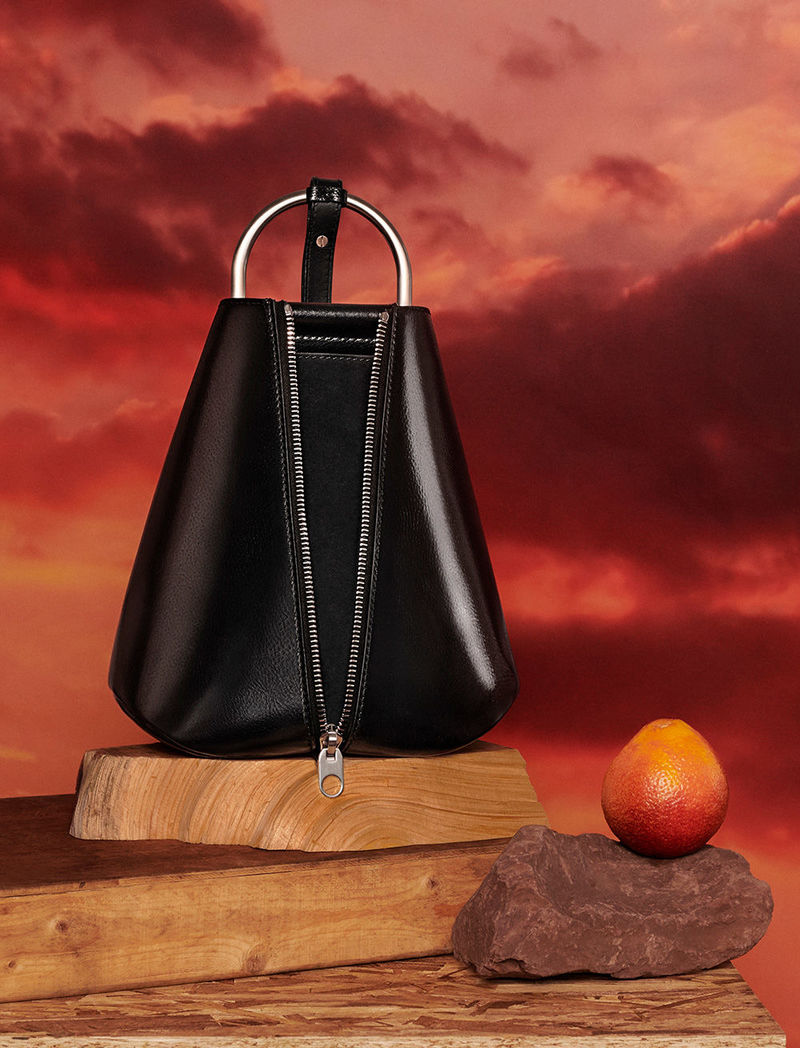 fall 2018 vertical zip bag in black by matt jackson
