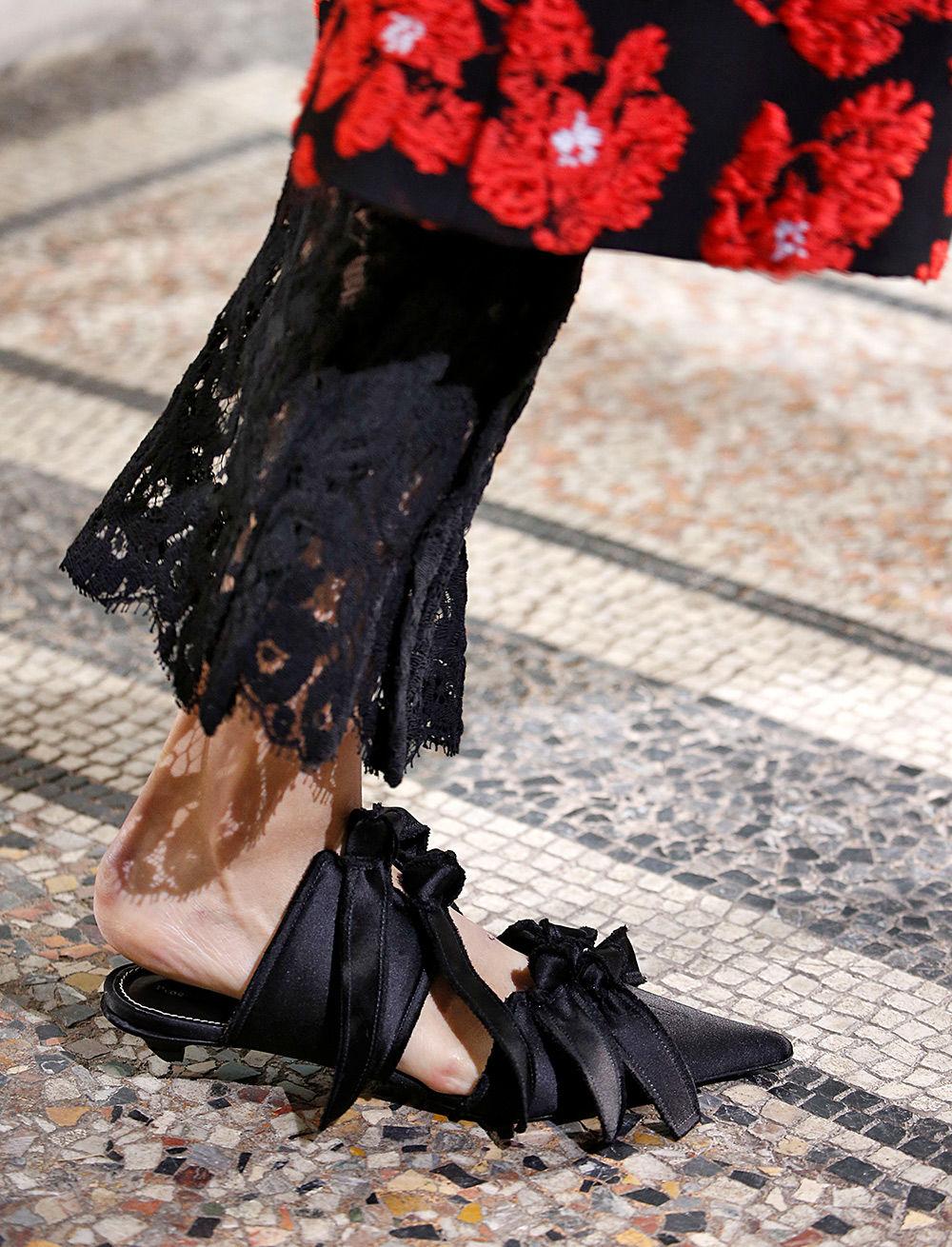 New in shoes black satin mule runway detail